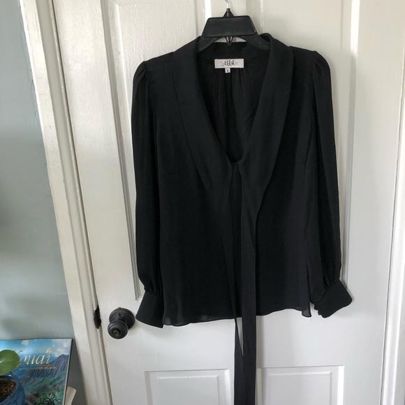 9830e7f9ee2cf5 Black silk tie neck blouse. M 5b89a417153795bd03a6585e